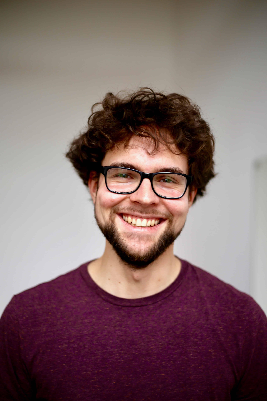 Philipp Hermann lächelt Portrait